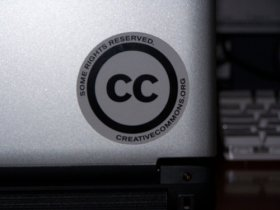 Creative Commons Laptop