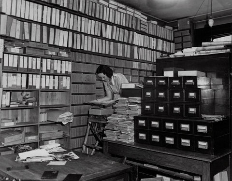 """New York Times Launches """"Lively Morgue"""" Tumblr Account, Posts Archival Footage"""