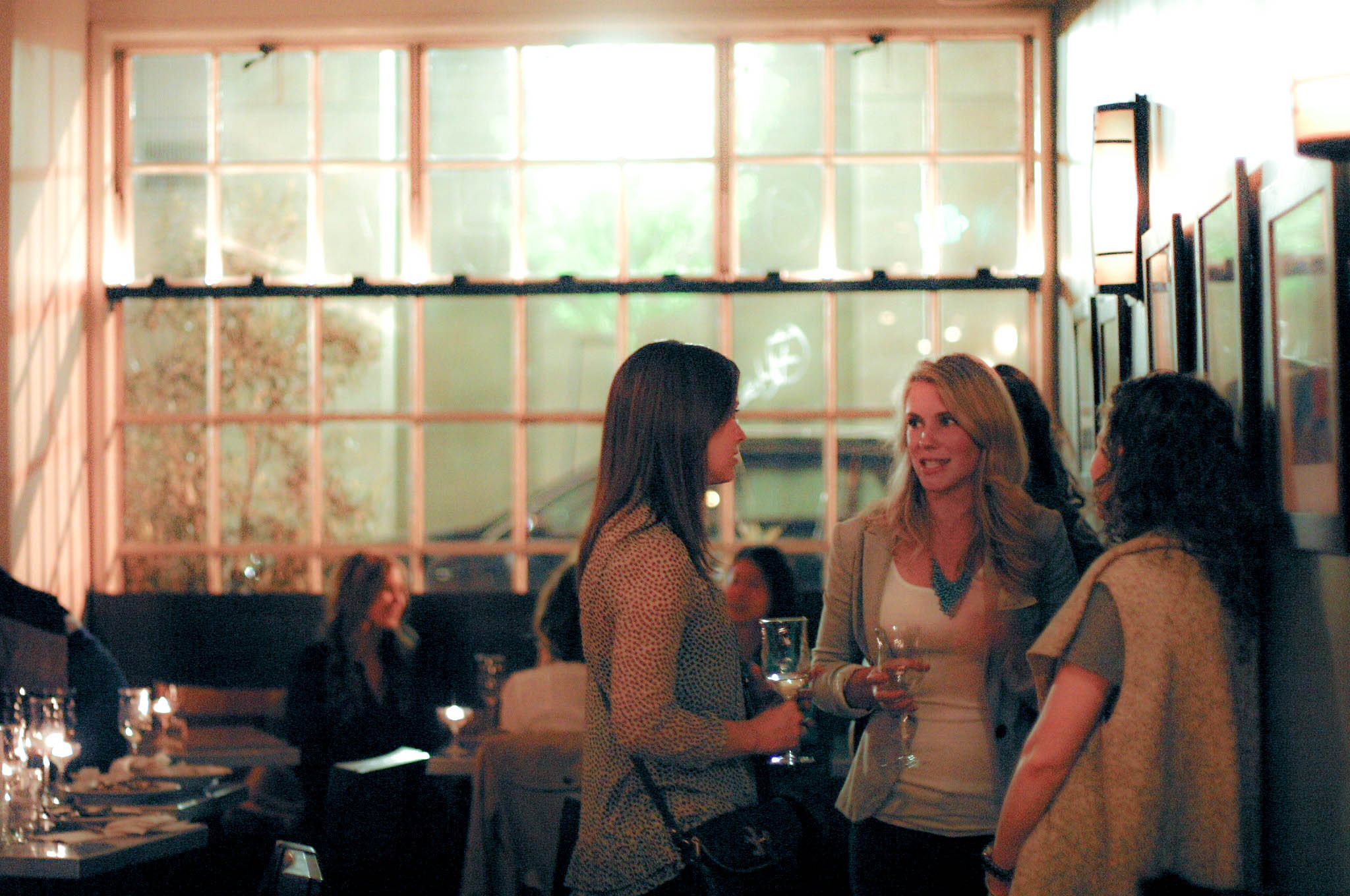 Organizing a Bloggers' Meet-Up Party? Check Out These 5 Tips