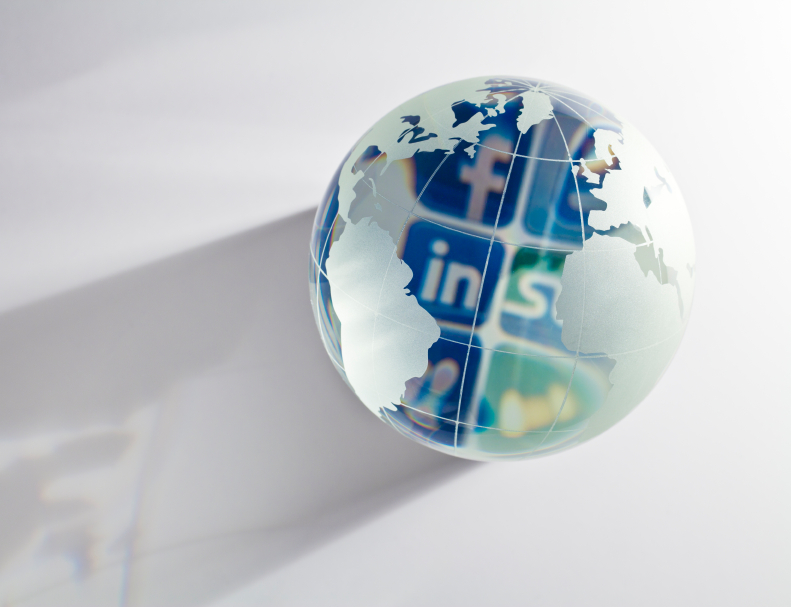Which Is Better for Professional Use, LinkedIn or Facebook?