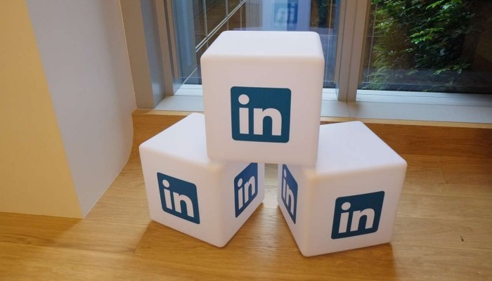 Integrating LinkedIn Long-Form Posts in Your Blogging Strategy