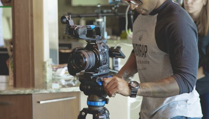 The 7 Features of a Successful Product Demo Video