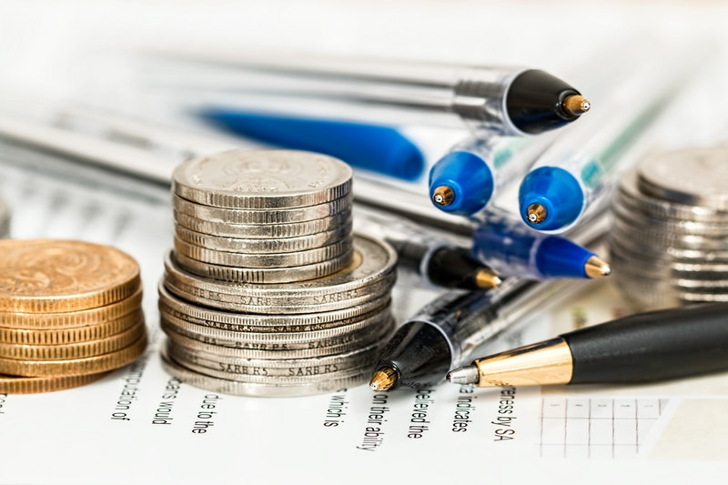 finance tips for bloggers taxes